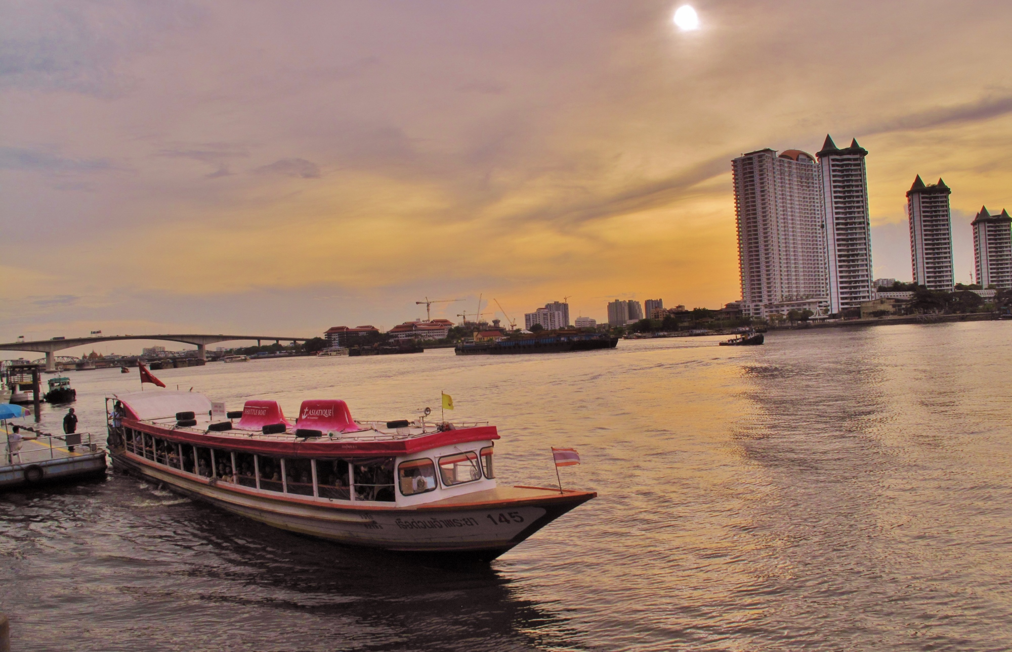 This shuttle boat is what you should be looking for.